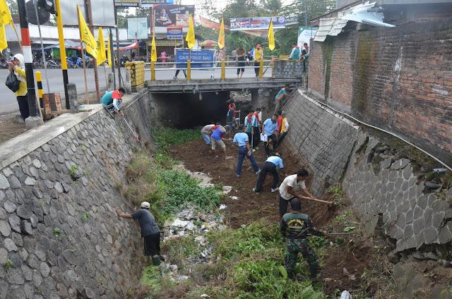 Prokasih, Ajak Seluruh Warga Trenggalek Peduli Kebersihan Sungai