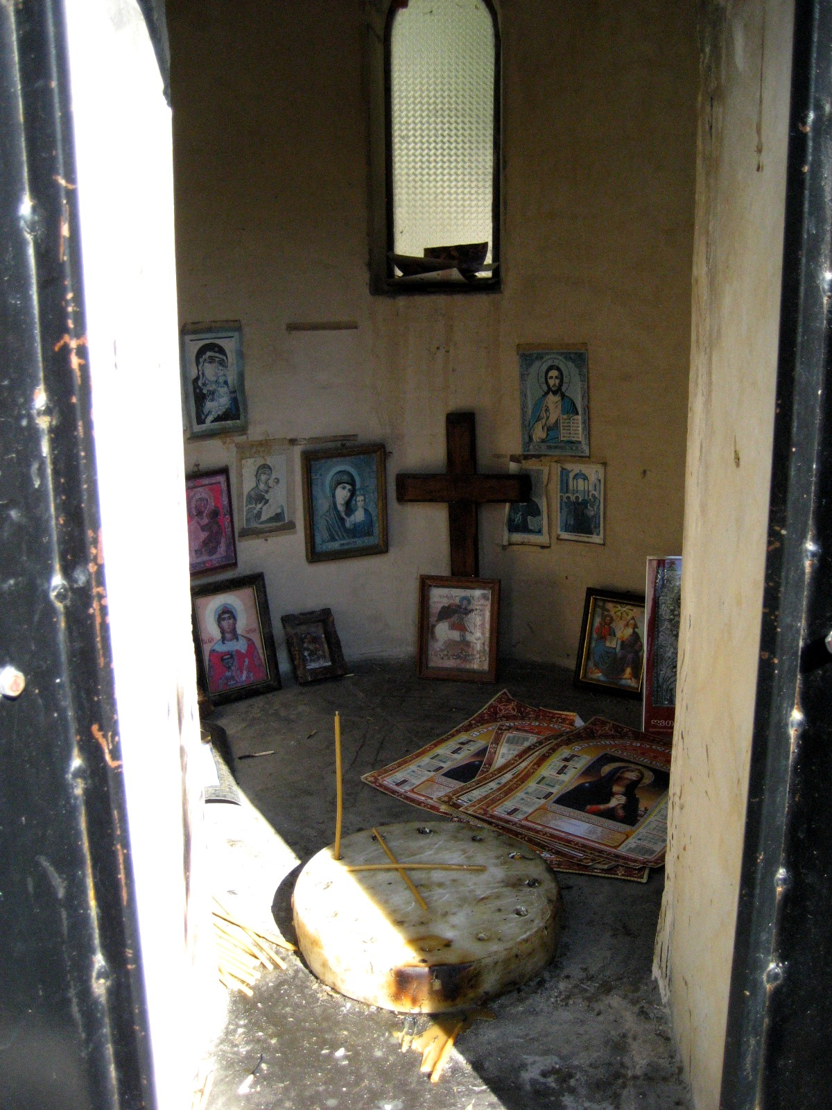Car Check Up >> Living Rootless: Highway 60, New Mexico: Stories at a Shrine