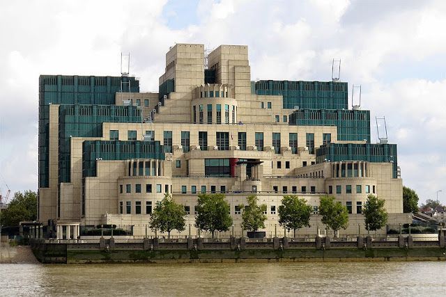 SIS Building, MI6 Building, Albert Embankment, Vauxhall, Lambeth, London