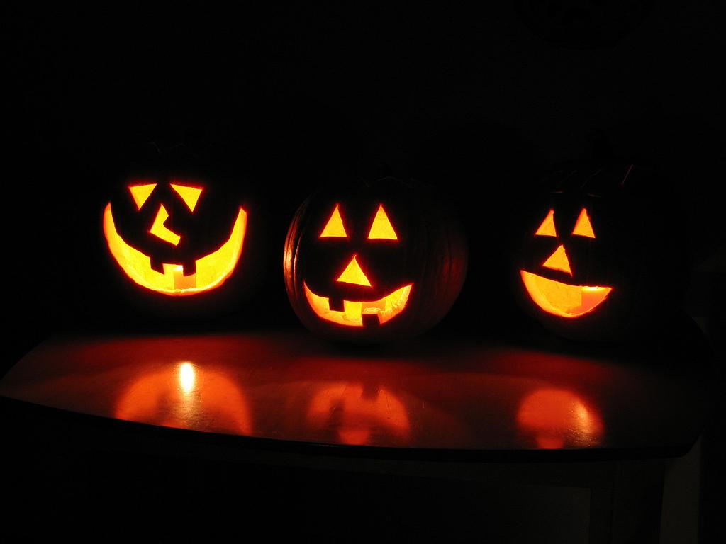 How did Halloween start ? History of Halloween - Halloween Date ...