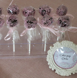 https://danslacuisinedhilary.blogspot.com/2014/11/cake-pop-oreo-oreo-cake-pop.html