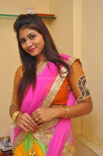 Lucky Sree in dasling Pink Saree and Orange Choli DSC 0331 1600x1063.JPG