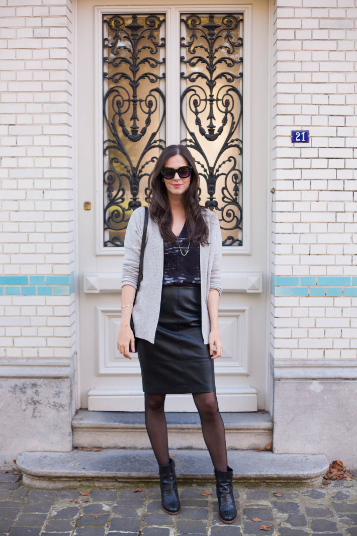 outfit: creative professional in cashmere cardigan, faux leather pencilskirt, croc ankle boots
