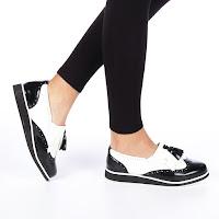 Pantofi casual dama la moda negru cu alb