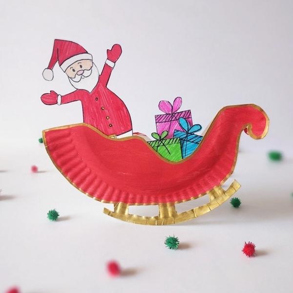 Kerstman met slee vol cadeaus knutselen