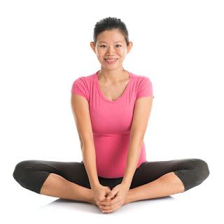 bài thể dục cho bà bầu tư thế bướm yoga