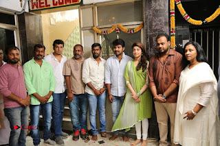 Enakku Vaaitha Adimaigal Tamil Movie Working Stills  0001.JPG
