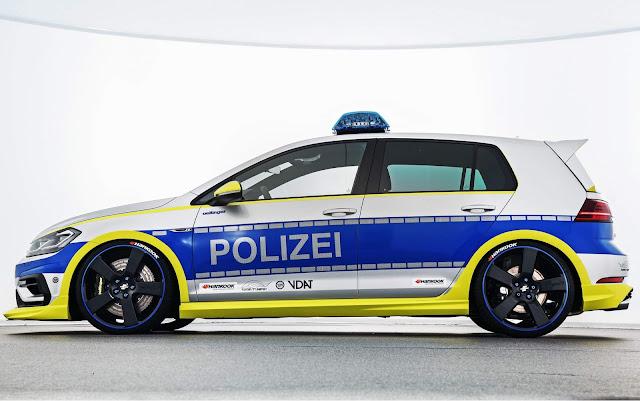 VW Golf 2018 com rodas 20 polegadas