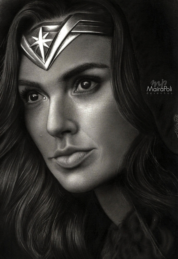 01-WW-Wonder-Woman-Gal-Gadot-Maíra-Poli-Mahbopoli-Black-and-White-Realistic-Pencil-Celebrity-Portraits-Drawings-www-designstack-co