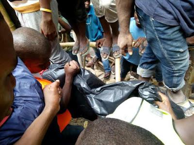 Photos: 2 confirmed dead in Lagos 3-storey building collapse