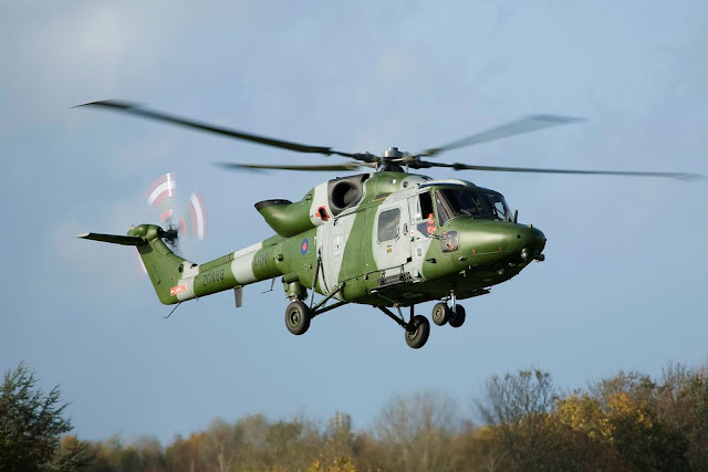 BRITISH ARMY BIDS FAREWELL TO THE LYNX HELICOPTER