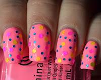 https://lenas-sofa.blogspot.de/2017/06/china-glaze-core-shocking-pink.html