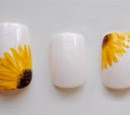 https://www.etsy.com/listing/185990240/sunflower-hand-painted-fake-nails