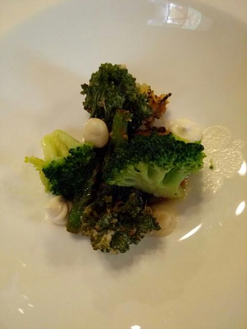 Brokkoli frittiert und gekocht im Gasthof Krone
