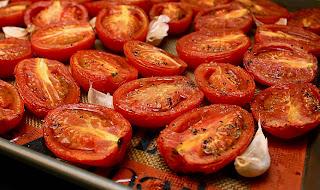 https://4.bp.blogspot.com/-XXN6w8MSv1I/TZAVB8ModBI/AAAAAAAABGA/R-_MYw7SCyY/s1600/Roasted+Tomatoes.JPG