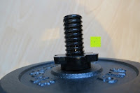 außen: 1 Kurzhantel Hantelstange + 2 Hantelscheiben aus 100% Gusseisen / Sternverschluss / in 1,25kg 2,5kg 5kg oder 10kg / 30mm Bohrung / Mattschwarz / In unterschiedlichen Varianten