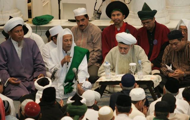 95 Guru Maulana wa Habibana Luthfi Bin Yahya