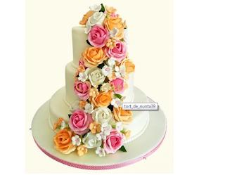Tort Cascada de flori