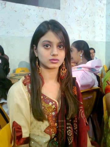 Lucknow school teacher sex with student - 1 2