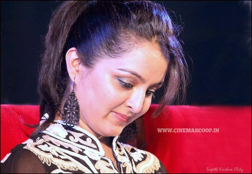 Redwine Malayalam: Manju Warrier Malayalam Actress Latest