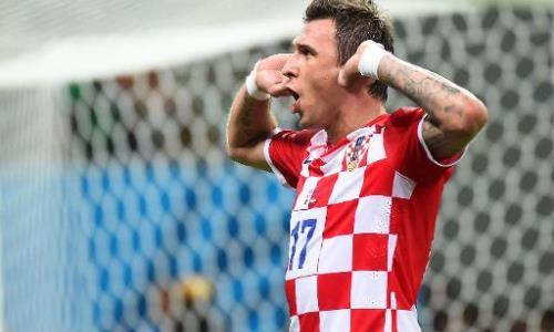 Mario Mandzukic trong màu áo tuyển Croatia