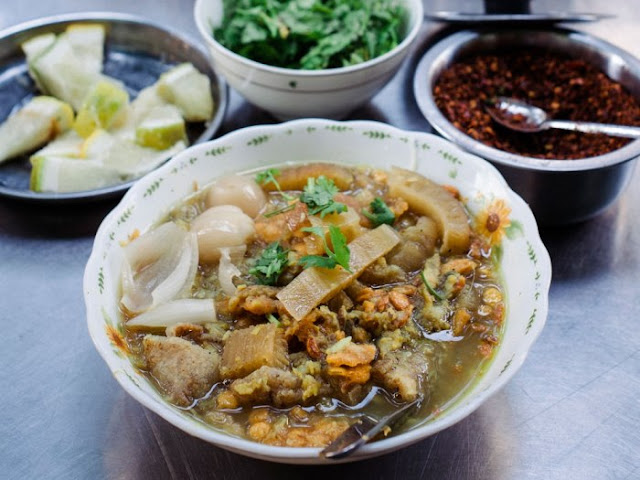 Mohinga Top 11 Must-Taste Burmese Dishes