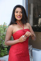 Mamatha sizzles in red Gown at Katrina Karina Madhyalo Kamal Haasan movie Launch event 178.JPG