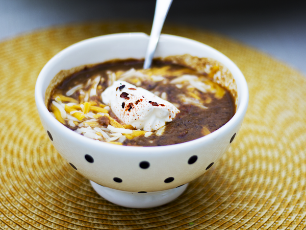 Slow Cooker Spicy Black Bean Soup