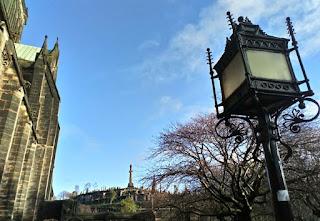 La Necrópolis de Glasgow desde su Catedral.
