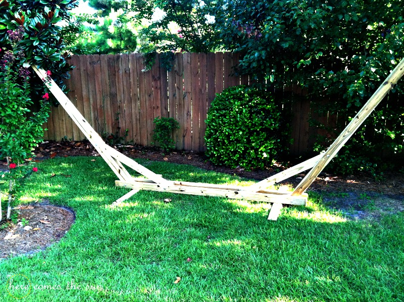 $40 DIY Hammock Stand that You Can Make this Weekend