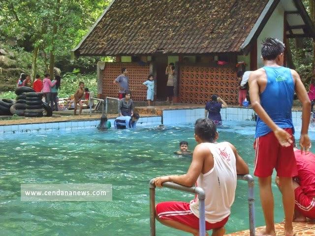 Menikmati Dinginnya Air Pemandian Lemor Lombok Timur Ntb