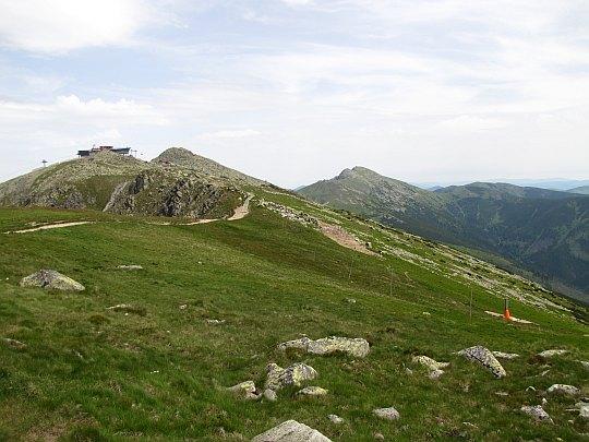 Chopok i Ďumbier ze szlaku na Dereše.