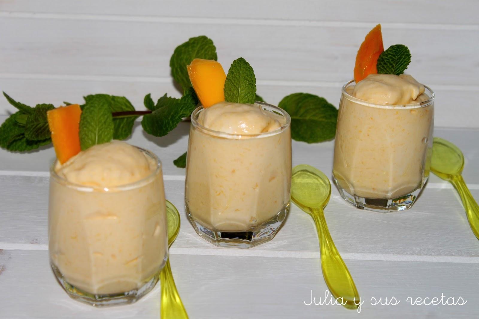 Espuma de mango en vasito. Julia y sus recetas
