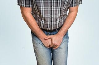 Penyakit gonore adalah penyakit kelamin yang disebabkan oleh kuman atau bakteri neisseria gonorrhoeae  yang paling sering atau paling banyak diderita oleh orang yang suka atau sering melakukan hubungan seksual dengan berganti-ganti pasangan, baik intensitas tinggi maupun intensitasnya rendah.