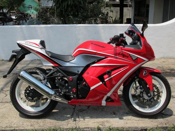 2008 kawasaki ninja 250r red for sale old classic and vintage motorcycles. Black Bedroom Furniture Sets. Home Design Ideas