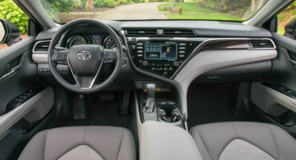 2018 Toyota Camry XSE V-6 Review, Price, Release Date & Specs