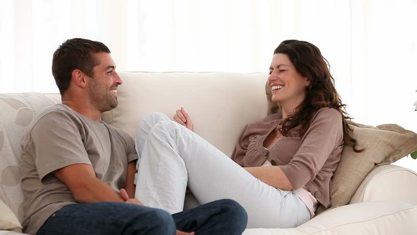 Strategi ngobrol dengan wanita