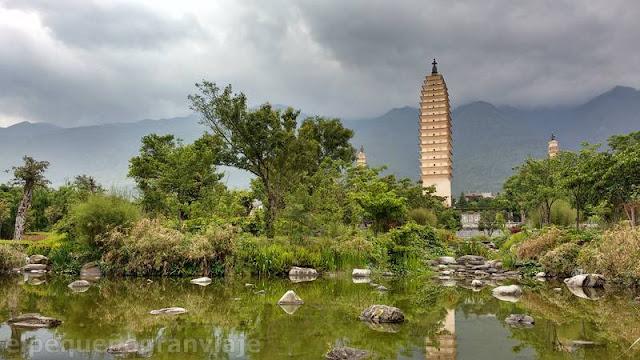 Dali, templo tres pagodas