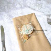 comprar alfajores y macaroons de boda en guatemala amarrados con cordón y sello de cera lacre  de venta en La fabrica de Bodas guatemala