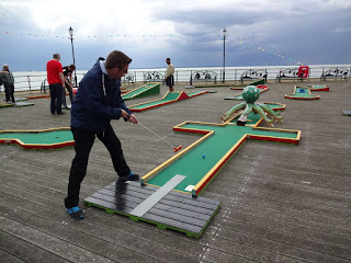 Richard Gottfried in action on Southend Pier's Crazy Golf course
