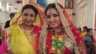 nirahua amrapali shoot aashiq aawara Picture 9.jpg