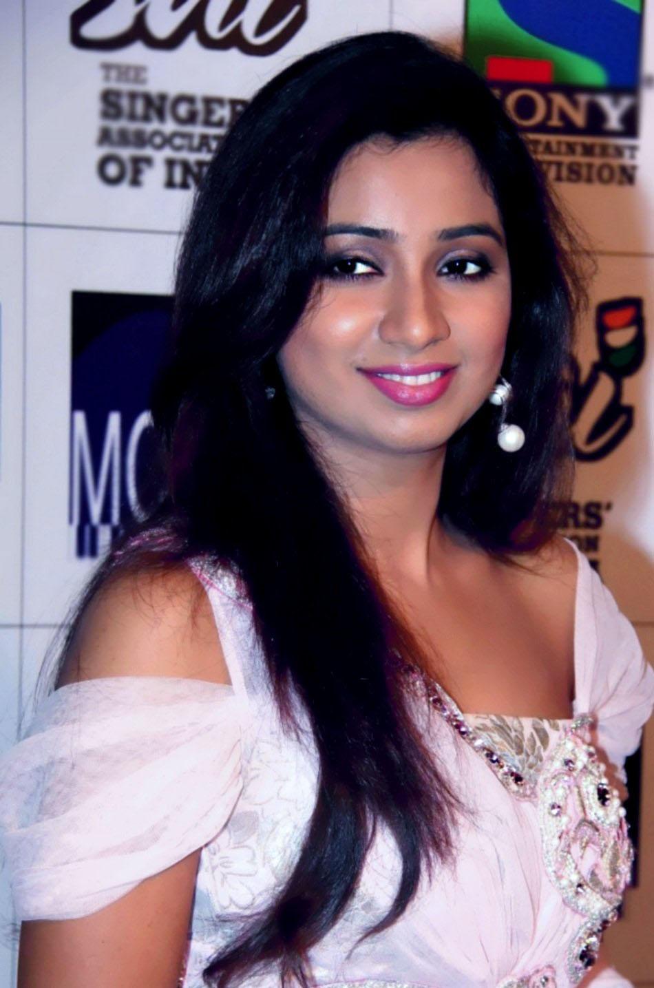 Bollywood Pics Pix4World Shreya Ghoshal Hot And Sexy Hd -5871