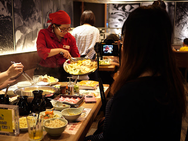 P1300692 - 熱血採訪│台中大魯閣新時代餐廳│5月試營運的momo paradise壽喜燒