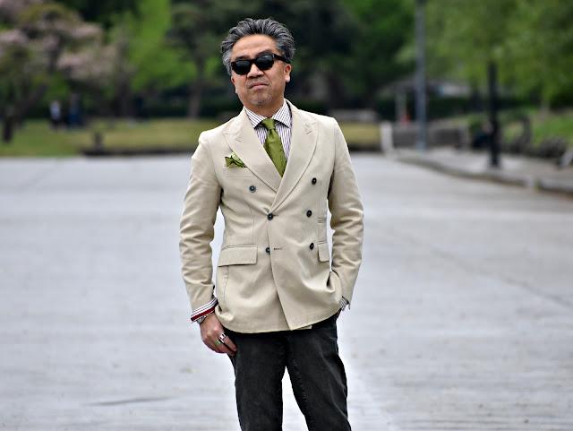 グリーン ネクタイのスタイル