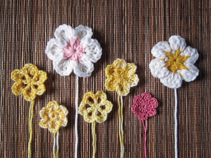 free crochet pattern, flowers, easy, six petal, three dimensional