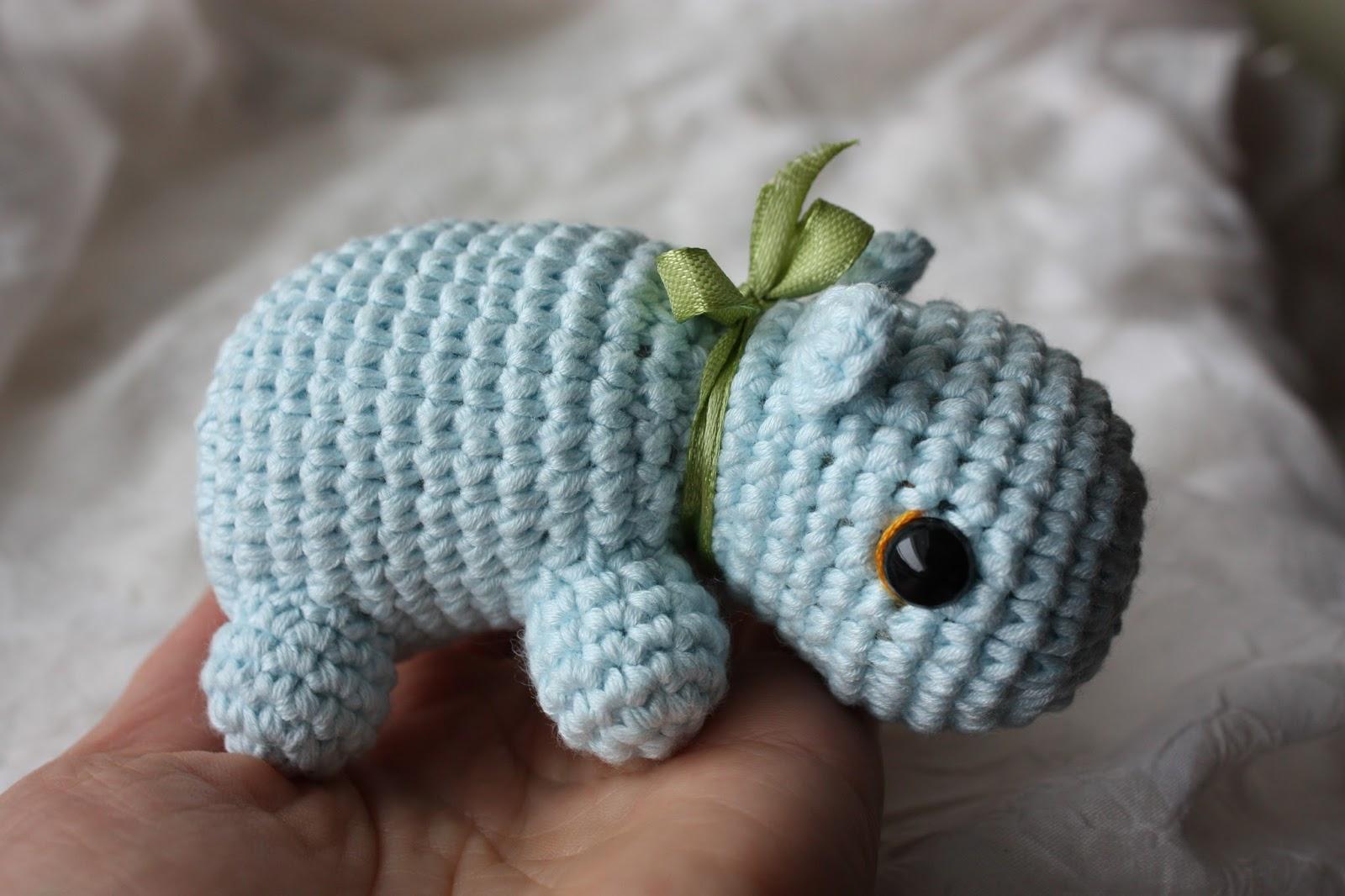 Amigurumi Hippopotamus : HAPPYAMIGURUMI: Amigurumi Hippo Pattern - PDF Amigurumi ...