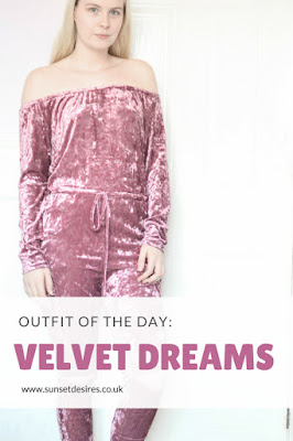 https://www.sunsetdesires.co.uk/2017/04/outfit-of-day-velvet-dreams.html