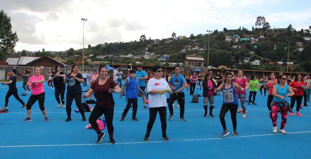 Conmenoran Día Internacional de la Mujer en Puerto Montt