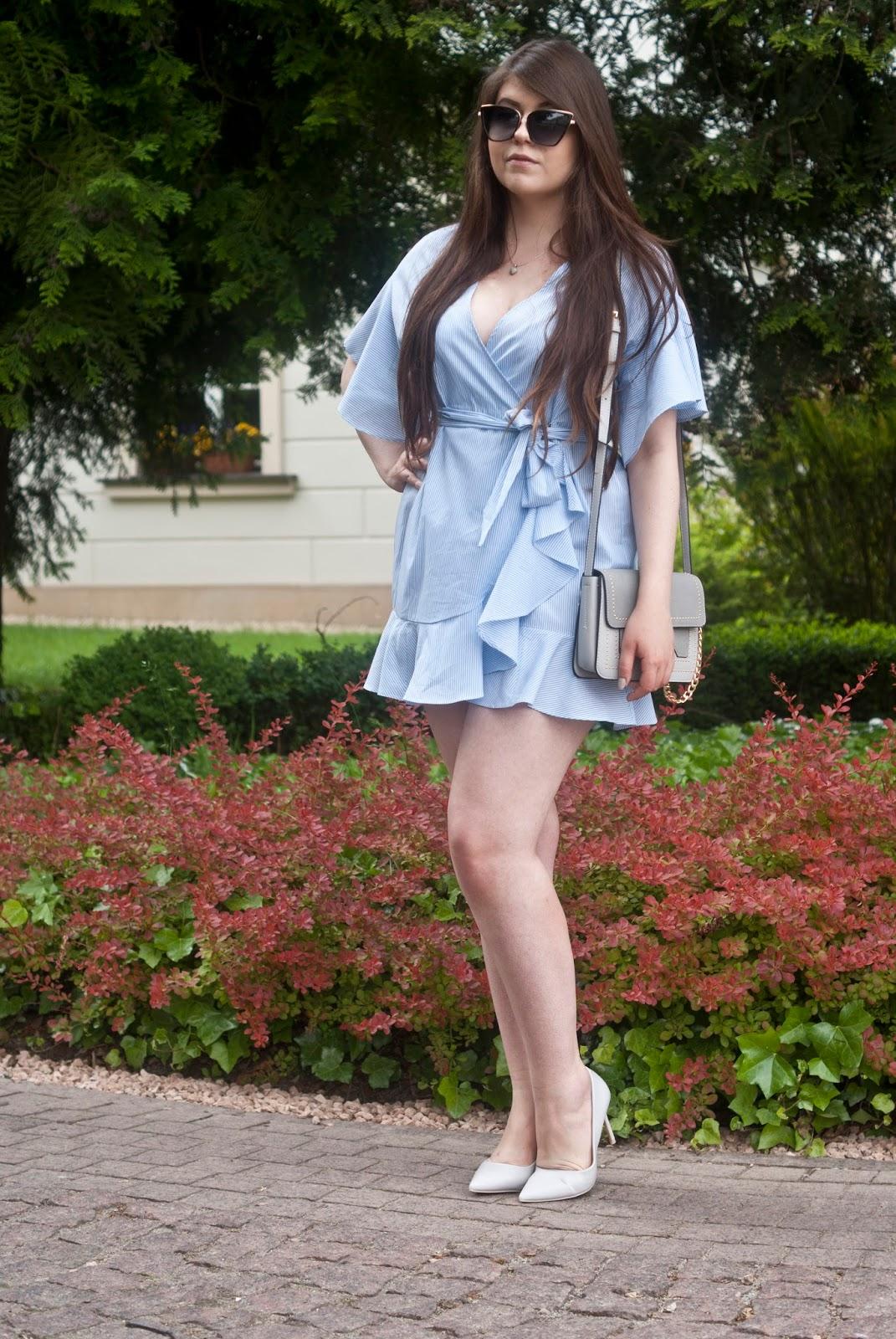 Błękitna Koszulowa Mini Sukienka /Striped Low Cut Short Wrap Dress