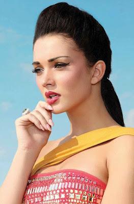 15 Hot Bikini Pics Of Amy Jackson - PoPoPics